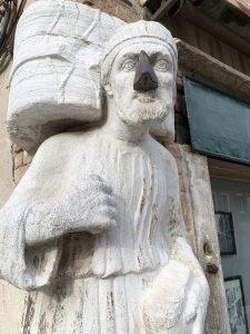 Sior Antonio Rioba la statua parlante
